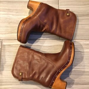 UGG Lynnea Leather Shearling Wood Clog Boots